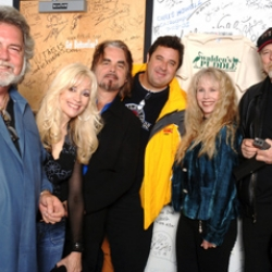Left to right: Thom Bresh, Lane, Hal Ketchum, Vince Gill, Paulette Carlson and Dan Seals