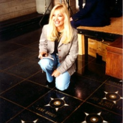 Lane receives her Star on the Walkway Of Stars